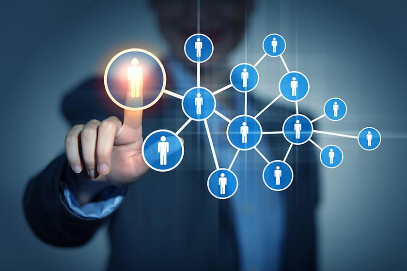 nhờ digital marketing tìm khách hàng